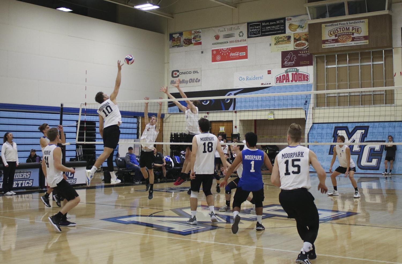 EvanReinhardt_Volleyball_2.jpg